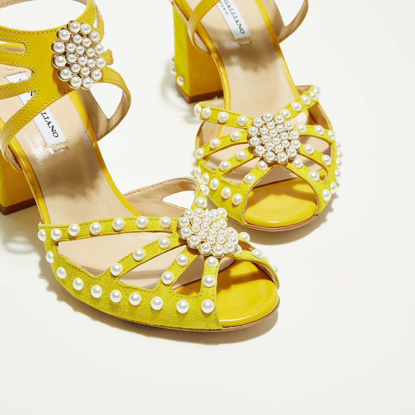 Sandales en Velours de Cuir Justine jaunes - Talon 8 cm