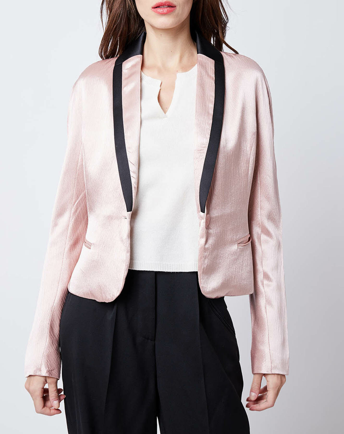 Veste courte satinée encolure contrastante rose/noir - John Galliano - Modalova