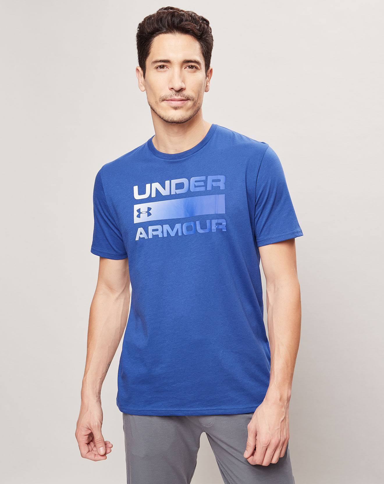 T-Shirt Team Issue Wordmark bleu - Under Armour - Modalova