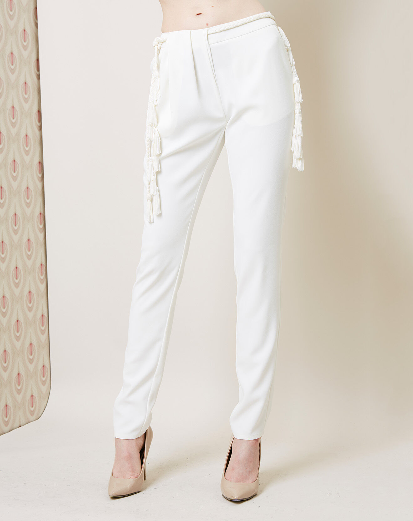 Pantalon avec ceinture écru