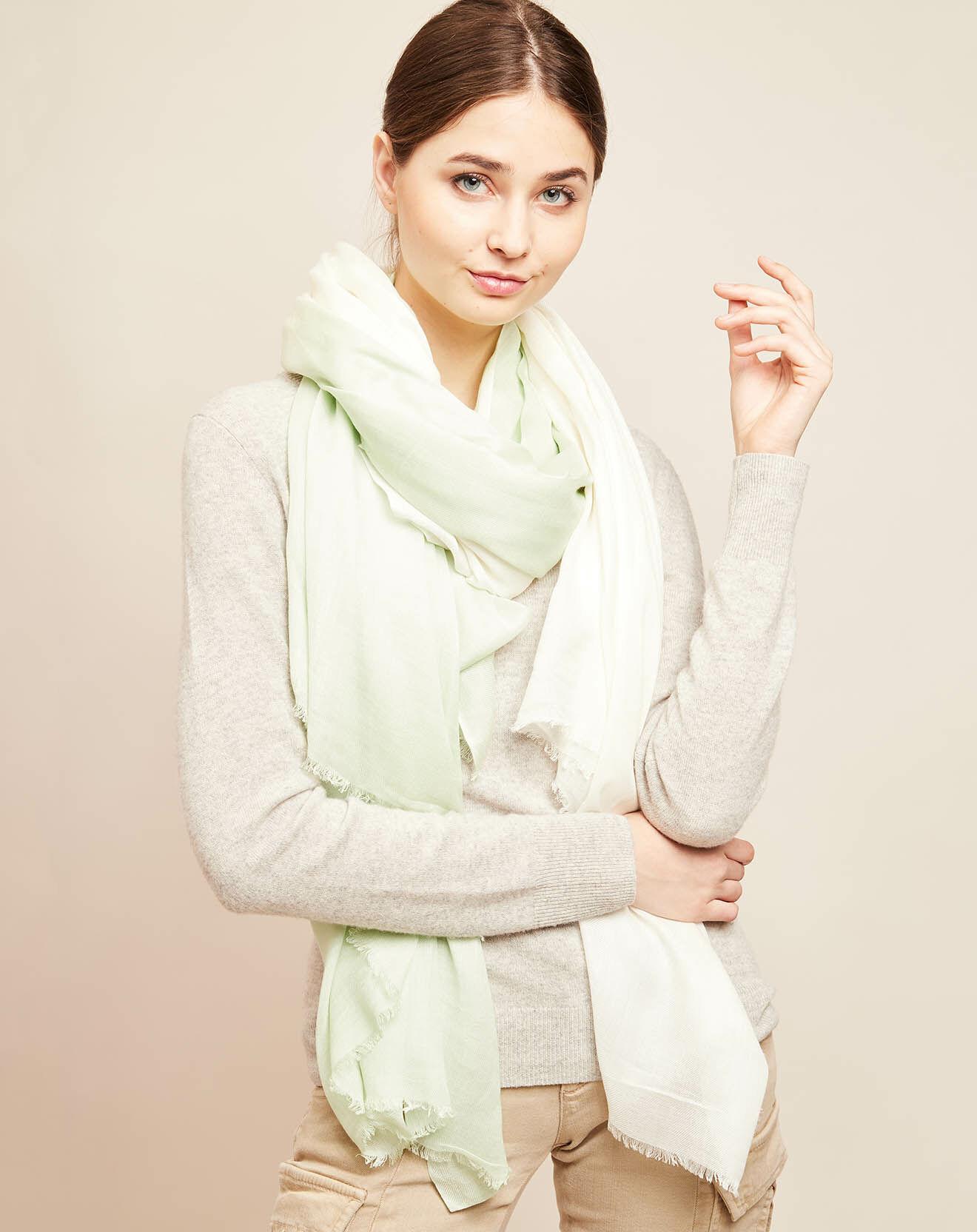 Écharpe tie & dye vert clair/écru 220x150 cm